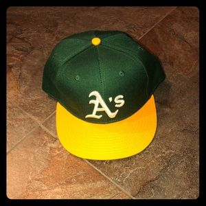 NWOT Oakland A's hat - one size fits most